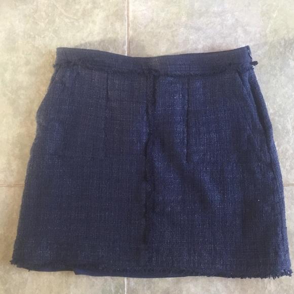 Banana Republic Dresses & Skirts - Banana Republic tweed blue skirt